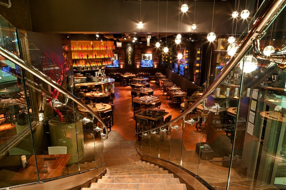 State and Lake Chicago Tavern | Restaurant in the loop